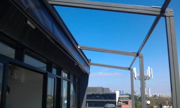 Open Pacchetto Retractable Roof