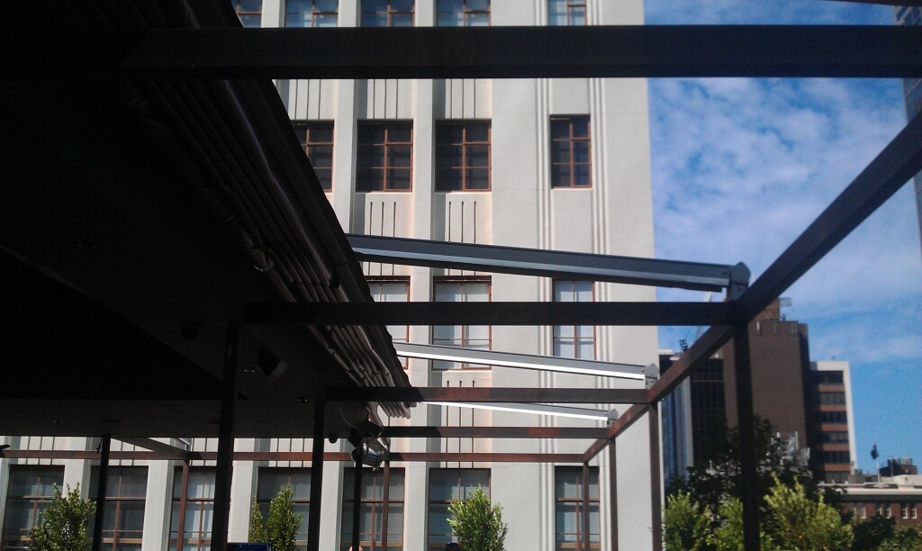 Gennius Retractable Roof System Melbourne - Euroblinds