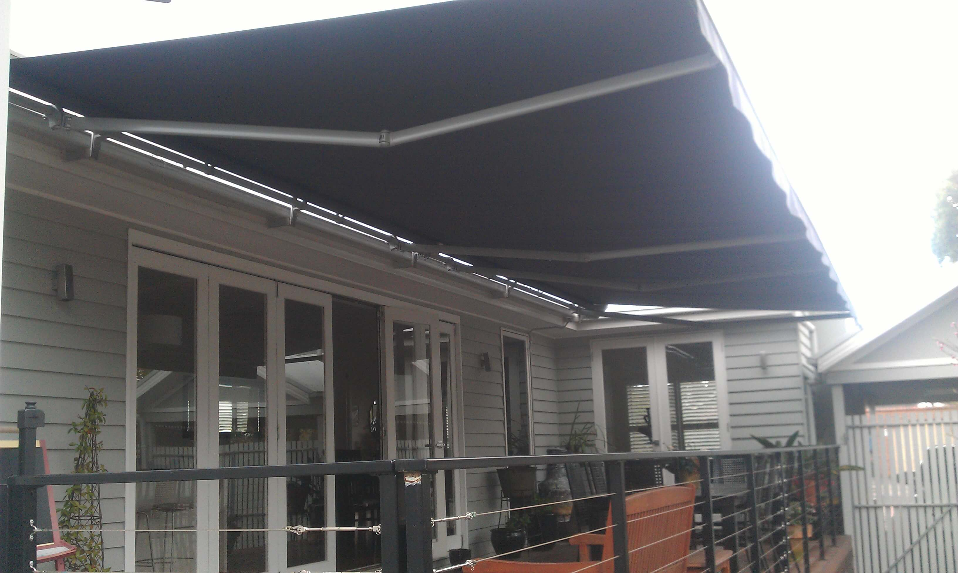 9 MTR FOLDING ARM AWNING RAFTER FIX