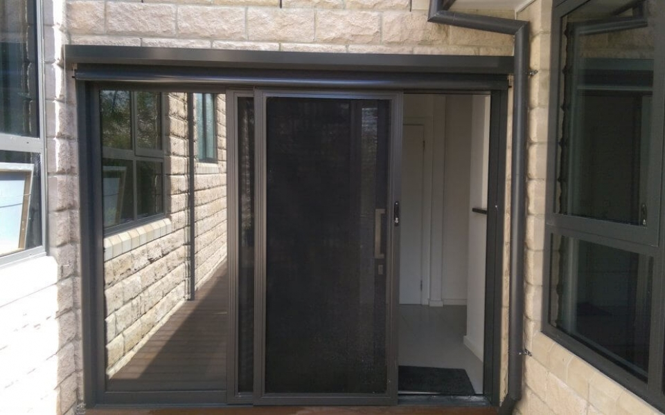 95MM VERTISCREEN OVER DOOR