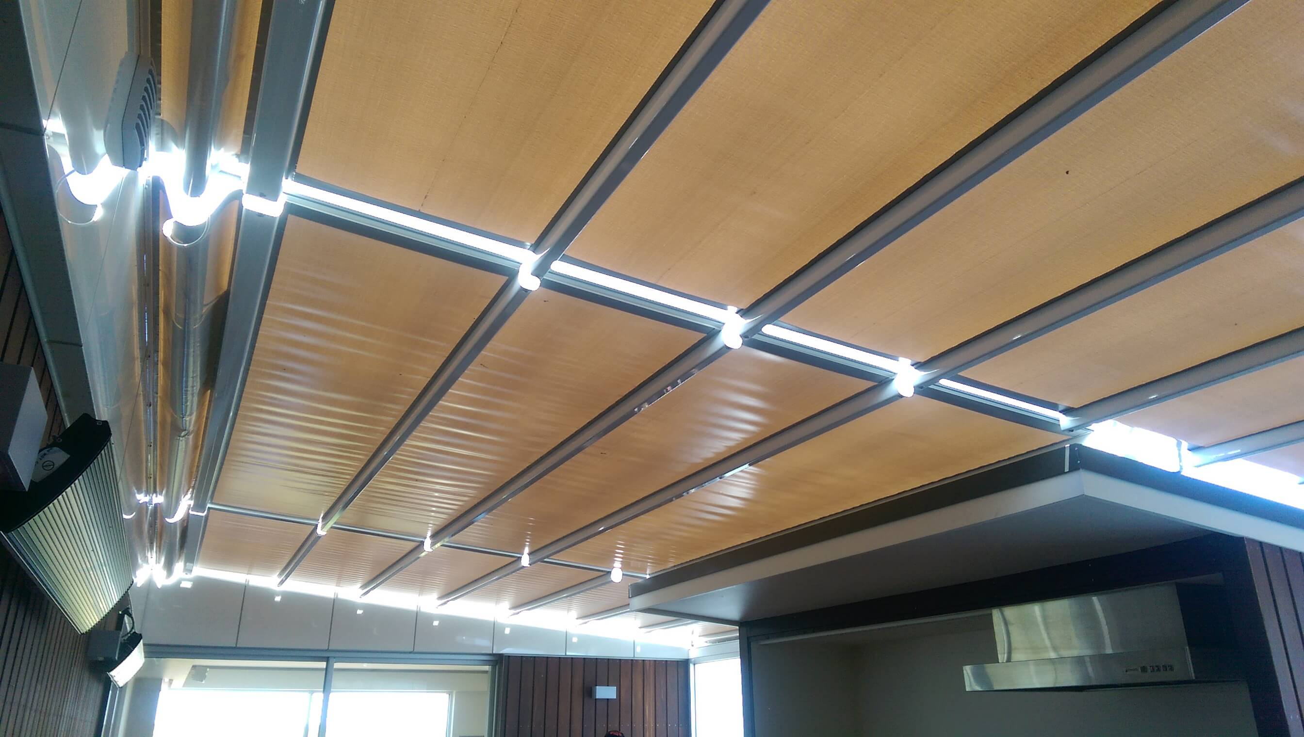 Gennius Retractable Roof System Melbourne Euroblinds